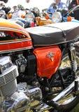 Klassisches Honda-COLUMBIUM 750 vier in der Flammenorange Lizenzfreies Stockfoto