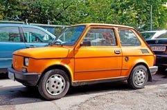 Klassisches kleines polnisches Auto Stockbild