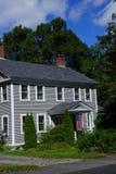 Klassisches Neu-England Haus Lizenzfreie Stockfotos