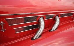 Klassisches rotes Auto Lizenzfreie Stockfotografie