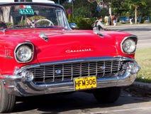 Klassisches rotes Chevrolet-Taxi in Havana Cuba Lizenzfreie Stockfotos