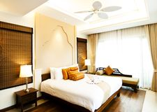 Klassisches Schlafzimmer Stockbilder