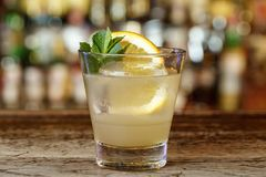 Klassisches Southside-Cocktail stockbild