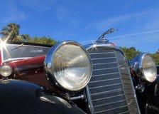 Klassisk amerikansk lyxig bil Royaltyfri Foto