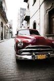 Klassisk bil, havannacigarr, Kuba Arkivbilder