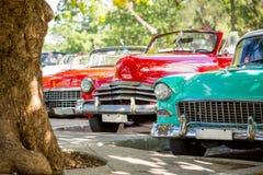 Klassisk bil i havannacigarren, Kuba royaltyfri bild