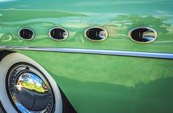 klassisk bilstänkskärm för 50-tal Arkivfoto