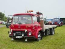 Klassisk brittisk Bedford lastbil Royaltyfria Foton
