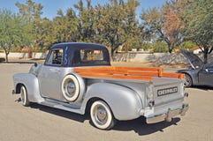 Klassisk Chevrolet Stepside lastbil Arkivfoto