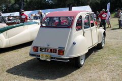 klassisk clippingfransman för bil inklusive isolerad banawhite Royaltyfri Fotografi