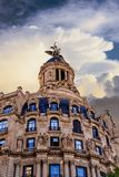 Klassisk gammal Barcelona byggnad Arkivbilder