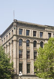 Klassisk gammal kontorsbyggnad i Seattle Royaltyfri Foto