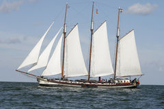 klassisk holländsk gammal segling för fartyg Arkivfoton