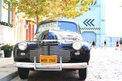 Klassisk inställning för tappningChevrolet bil Fotografering för Bildbyråer