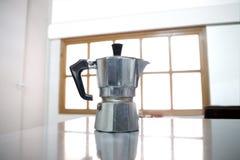 Klassisk italiensk kaffemaskin Royaltyfri Foto