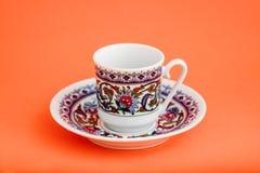 Klassisk kopp för turkiskt kaffe för porslin royaltyfri fotografi
