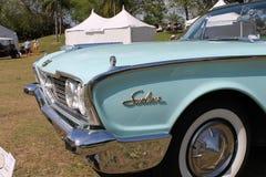Klassisk lyxig amerikansk konvertibel bil Royaltyfria Bilder