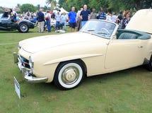 Klassisk merccabrioletsportbil Royaltyfri Bild
