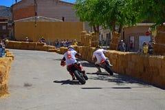 Klassisk motorcykelgataströmkrets Royaltyfri Fotografi