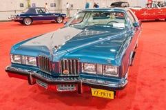 Klassisk Pontiac grand prix 1977 på den auto showen Arkivfoton