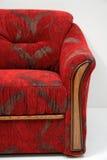 klassisk röd sofa Arkivfoto