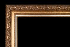 Klassisk ram för målningar med stuckaturen på en svart bakgrund royaltyfri foto