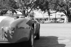 Klassisk röd amerikansk sportbil Arkivfoto