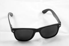 klassisk solglasögonwayfarer Arkivbilder