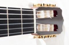 Klassisk spansk gitarr Arkivfoto