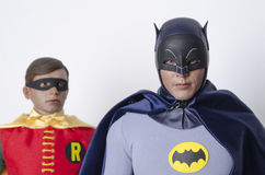 Klassisk TV-program Batman och Robin Hot Toys Action Figures Arkivbilder