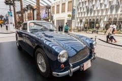 Klassiska Aston Martin i Kuwait Arkivbilder