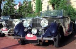 klassiska bilar Arkivfoton