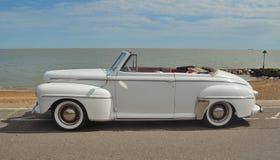 Klassiska Ford Super Delux royaltyfri fotografi