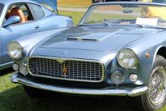 Klassiska Maserati cabrioletsportbilar Arkivfoto