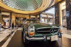 Klassiska Mercedes Benz i Kuwait Arkivfoto