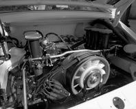 Klassiska Porsche 911 på en bilshow royaltyfria foton