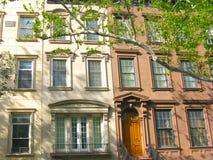 Klassiska radhus på den övreöstliga sidan, New York City Royaltyfria Bilder