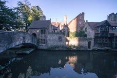 Klassiska sikt av Bruges (Belgien) royaltyfri fotografi