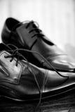 klassiska skor för lädermän s royaltyfri fotografi