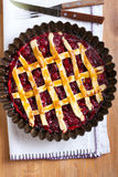 Klassiska sura Cherry Pie Royaltyfria Bilder