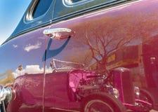 Klassiskt bilshow och sken Royaltyfria Bilder