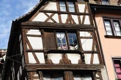 klassiskt franskt hus royaltyfria foton