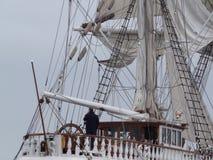 Klassiskt gammalt segelbåtakterdäck Royaltyfri Bild
