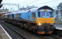 Klasy 66 dieslowska lokomotywa w WH Malcolm liberii. Zdjęcia Royalty Free