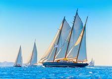 Klasyczna drewniana żeglowanie łódź Obraz Royalty Free