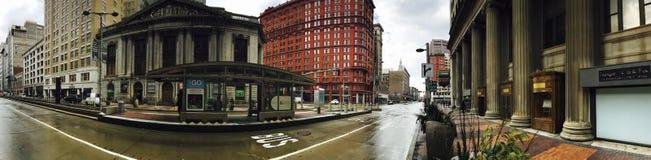 Klasyczna panorama Cleveland, Ohio ` s Euclid aleja obrazy royalty free