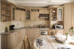 klasyczna wewnętrzna kuchnia Zdjęcie Royalty Free
