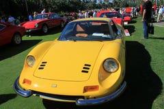 Klasycznego Ferrari sportów samochodu uszeregowania frontowy widok Obrazy Stock