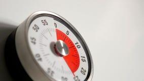Klasycznego rocznika odliczanie zegaru kuchenny zakończenie up, 25 minut zostawać Fotografia Royalty Free