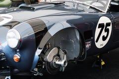 Klasycznego samochodu wyścigowego machinalny zakończenie opuszczać koło Fotografia Royalty Free